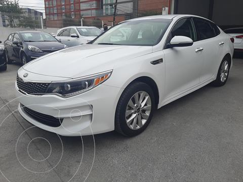 Kia Optima 2.4L GDI EX usado (2018) color Blanco precio $315,000