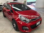 Foto venta Auto usado Kia Rio Hatchback EX (2017) color Rojo precio $199,000