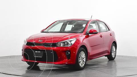 Kia Rio Hatchback EX Aut usado (2018) color Rojo precio $240,000