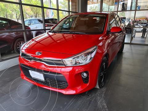 foto Kia Rio Hatchback EX Aut usado (2019) color Rojo Fuego precio $255,000