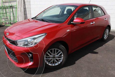 Kia Rio Hatchback EX usado (2020) color Rojo precio $305,000