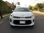 Kia Rio Hatchback EX Pack Aut usado (2019) color Blanco precio $225,000