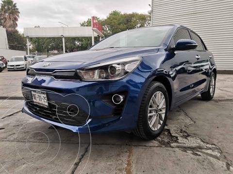 Kia Rio Hatchback EX usado (2021) color Azul precio $299,000