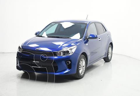 Kia Rio Hatchback EX usado (2020) color Azul precio $289,000