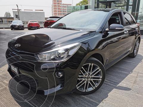 Kia Rio Hatchback EX Pack Aut usado (2020) color Negro Perla precio $300,000