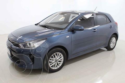 Kia Rio Hatchback LX Aut usado (2020) color Azul precio $255,000