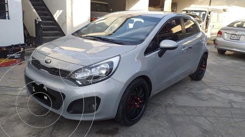 KIA Rio Hatchback 1.4L LX Sport Aut  usado (2013) color Gris precio u$s8,800