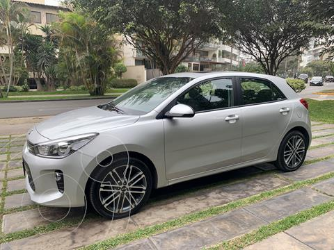 KIA Rio Hatchback 1.4L EX Full Aut Plus usado (2017) color Grafito precio u$s13,700