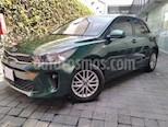 Foto venta Auto usado Kia Rio Sedan 4p LX L4/1.6 Man (2018) color Verde precio $210,000