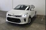Foto venta Auto usado Kia Rio Sedan EX Aut (2018) color Blanco precio $239,000