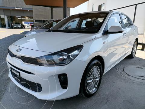 Kia Rio Sedan LX usado (2019) color Blanco precio $225,000