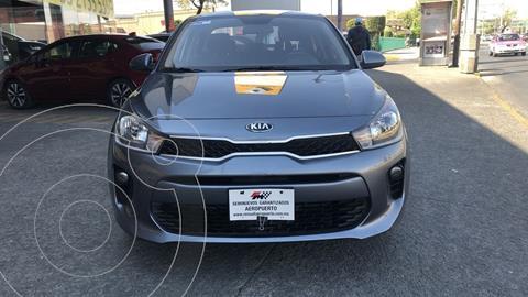 Kia Rio Sedan L usado (2020) color Gris Urbano financiado en mensualidades(enganche $63,952 mensualidades desde $5,146)