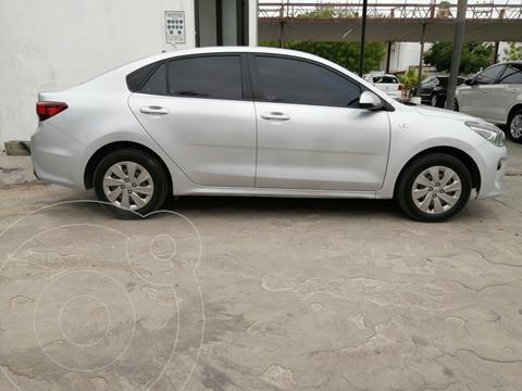 Kia Rio Sedan L SEDAN TM usado (2018) color Plata precio $195,000