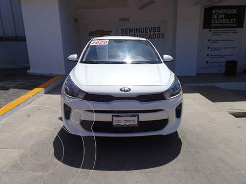 Kia Rio Sedan LX usado (2020) color Blanco precio $260,000