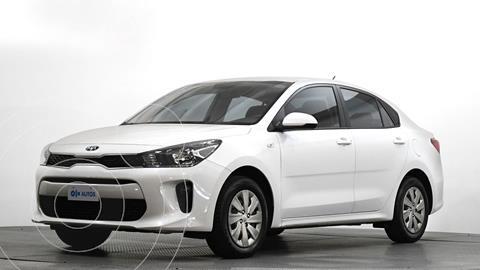 Kia Rio Sedan L usado (2020) color Blanco precio $202,384