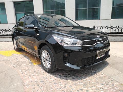 Kia Rio Sedan EX usado (2020) color Negro Perla precio $260,000