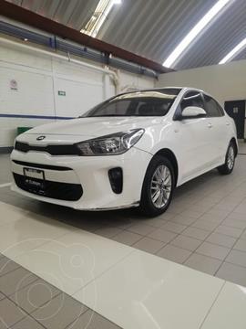 Kia Rio Sedan LX Aut usado (2018) color Blanco precio $172,200