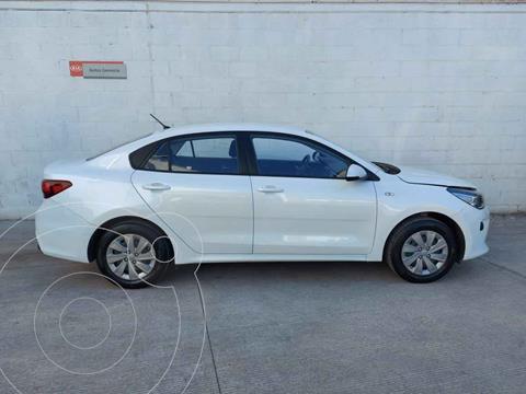 Kia Rio Sedan LX Aut usado (2020) color Blanco precio $229,000