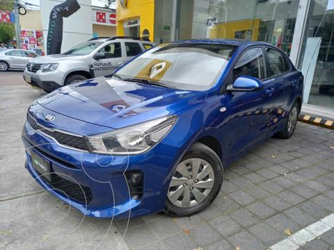 Kia Rio Sedan L Aut usado (2020) color Azul precio $235,000