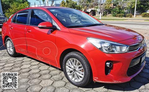 Kia Rio Sedan EX Aut usado (2018) color Rojo precio $210,000