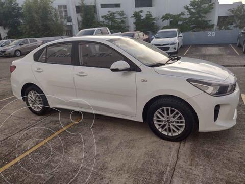 Kia Rio Sedan LX Aut usado (2020) color Blanco precio $255,000