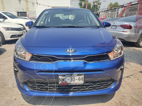 Kia Rio Sedan LX usado (2021) color Azul precio $250,000