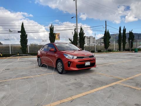 Kia Rio Sedan L Aut usado (2020) color Rojo precio $245,000
