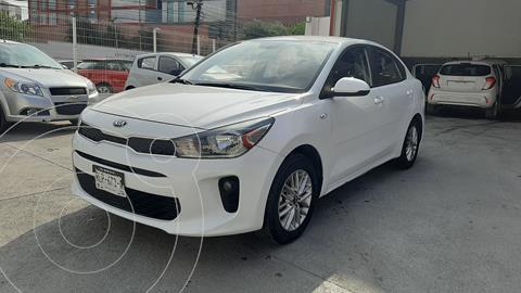 Kia Rio Sedan LX Aut usado (2018) color Blanco precio $215,000