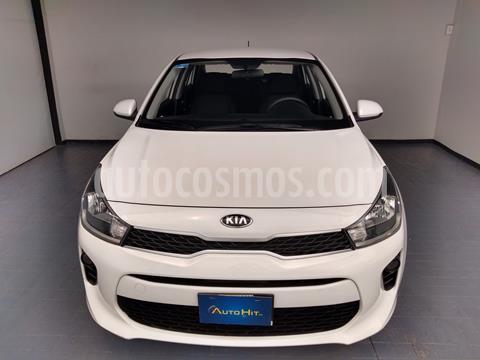 Kia Rio Sedan EX Aut usado (2018) color Blanco precio $224,700