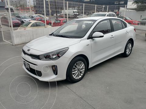 Kia Rio Sedan LX Aut usado (2020) color Blanco precio $264,500