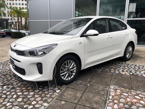 Kia Rio Sedan LX Aut usado (2018) color Blanco precio $199,000