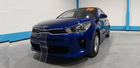 Kia Rio Sedan LX Aut usado (2019) color Azul precio $255,000