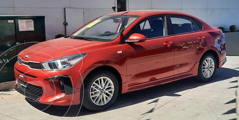 Kia Rio Sedan LX Aut usado (2020) color Rojo precio $275,000