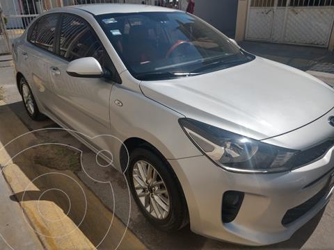 Kia Rio Sedan LX usado (2018) color Plata precio $195,000