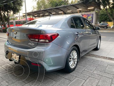 Kia Rio Sedan EX Aut usado (2018) color Gris precio $239,900