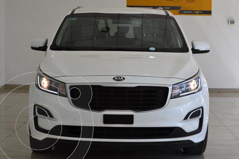 Kia Sedona LX usado (2019) color Blanco Nieve precio $425,000
