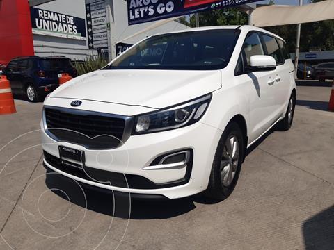 Kia Sedona LX usado (2019) color Blanco Nieve precio $395,000