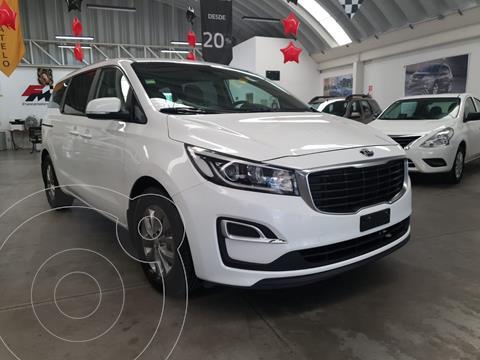 Kia Sedona LX TA usado (2019) color Blanco precio $403,000