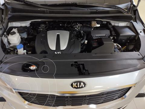 Kia Sedona LX usado (2020) color Gris precio $450,000