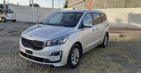 Kia Sedona LX usado (2019) color Plata Dorado precio $395,000