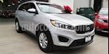 Foto venta Auto usado Kia Sorento 2.4L LX 5 Pas (2018) color Plata Brillante precio $385,000