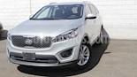 Foto venta Auto usado Kia Sorento 2.4L LX 5 Pas (2017) color Plata precio $283,000