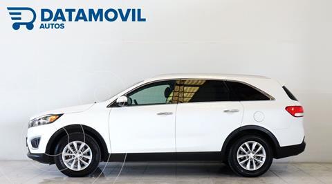 Kia Sorento 2.4L LX 5 Pas usado (2018) color Blanco precio $390,000