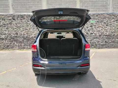 Kia Sorento 2.4L LX 5 Pas usado (2018) color Azul Oscuro precio $310,000