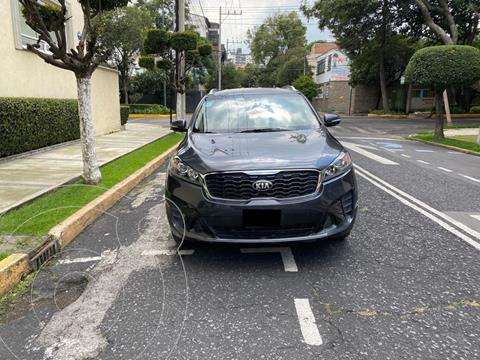 Kia Sorento 2.4L LX usado (2019) color Plata Titanium precio $379,000