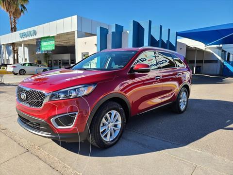 Kia Sorento 2.4L LX usado (2018) color Rojo precio $340,000