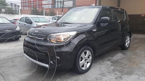 Kia Soul LX Aut usado (2019) color Negro precio $240,000