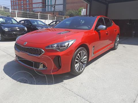 Kia Stinger GT Line usado (2018) color Rojo precio $490,000
