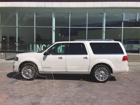 Lincoln Navigator Reserve Larga usado (2015) color Blanco precio $450,000