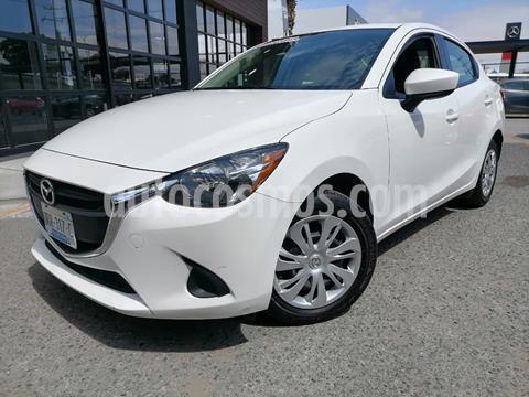 foto Mazda 2 Sedán i Aut usado (2019) color Blanco Perla precio $218,000